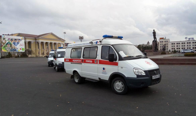 ВСтаврополе медучреждениям вручили новые машины «Скорой помощи»