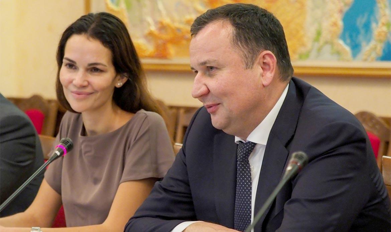 Губернатор Владимиров обсудил развитие КМВ соспециалистами Федерального агентства потуризму