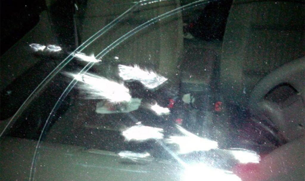 Обезумевший ревнивец разбил иномарку ухажера бывшей супруги наСтаврополье