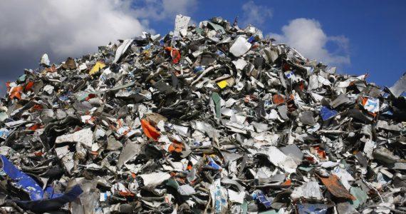 «Прятать» мусор смысла нет