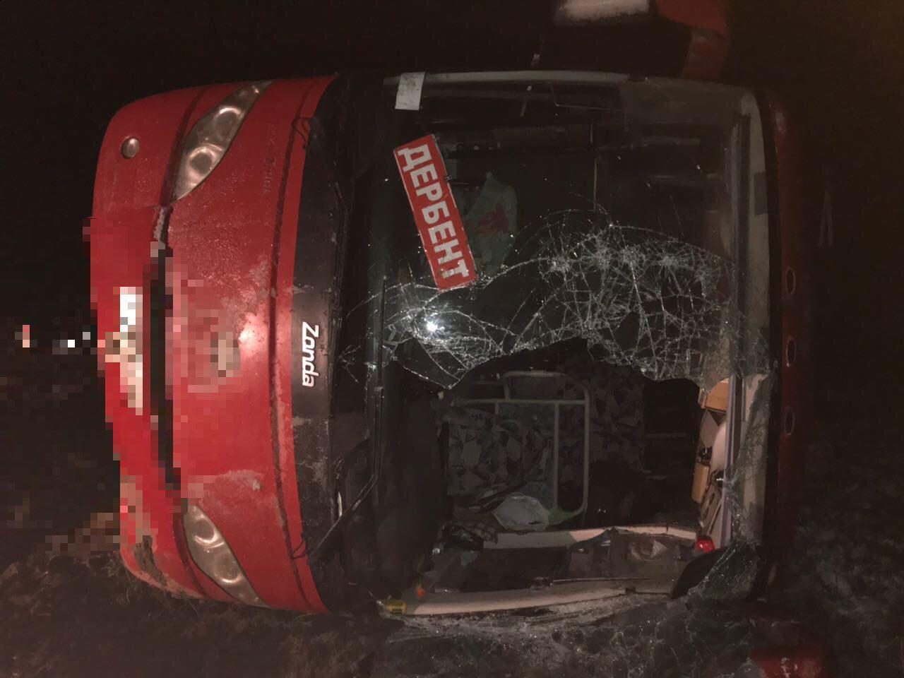 НаСтаврополье перевернулся пассажирский автобус, есть пострадавшие