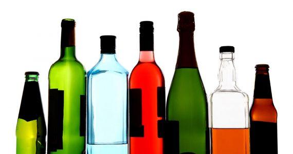 Контрафактный алкоголь выпускали на Ставрополье под известными брендами