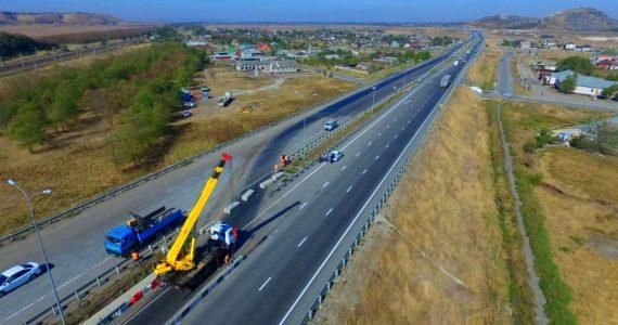 В пяти регионах Северного Кавказа за 2017 год обновили свыше 370 километров автодорог