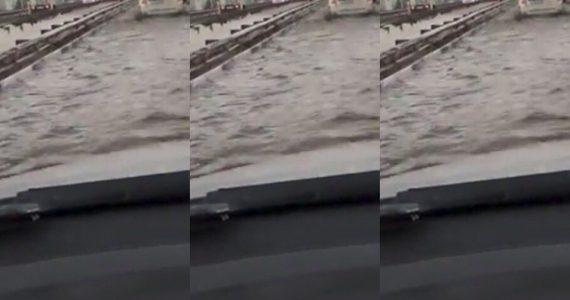На выезде из Ставрополя затопило дорогу