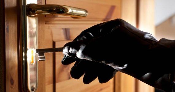 За два месяца житель Благодарненского района обчистил дома нескольких знакомых