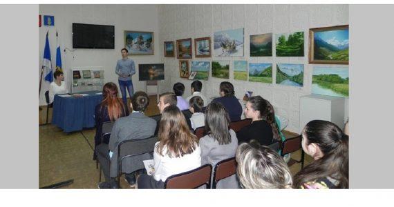 В Новоселицком районе школьники встретились с десантником