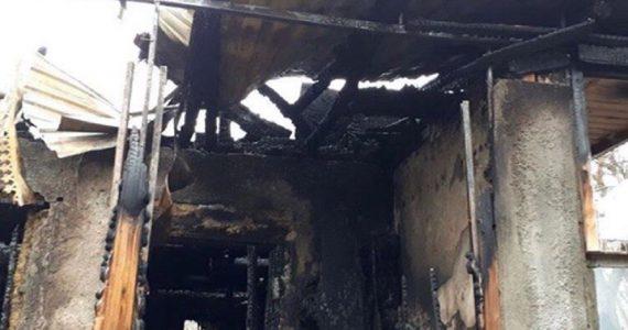 Ставропольцы начали сбор средств для семьи из Пятигорска. Их дом сгорел