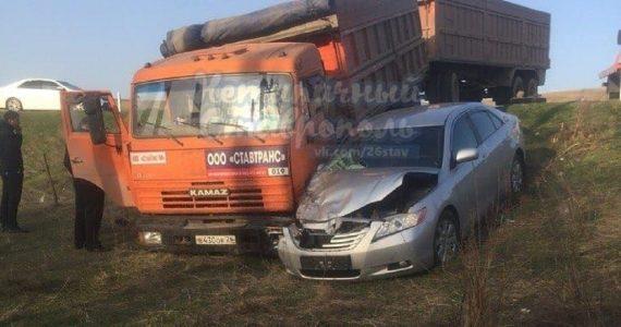 На трассе Александровского района столкнулись «КАМАЗ» и «Тойота»