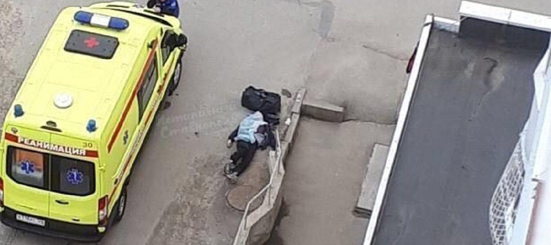 СКР выясняет обстоятельства внезапной смерти мужчины на улице Ставрополя