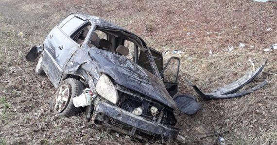 В Предгорном районе женщина-водитель перевернулась на машине