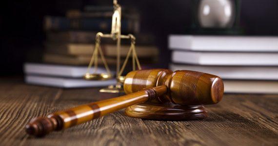 На 2 года условно осудили начальницу почты села Дивного