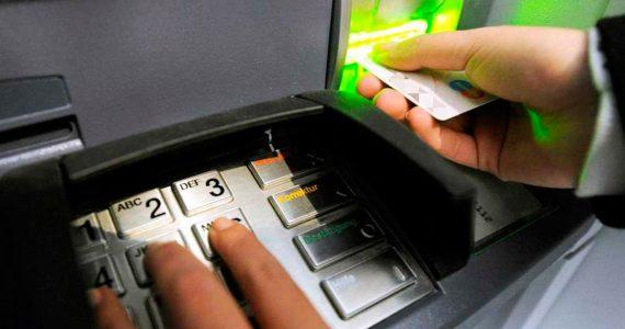 Ставрополец нашел банковскую карту с пин-кодом и снял все деньги. Мужчина ответит перед судом