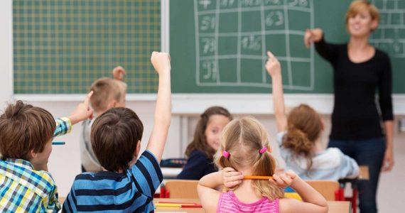 В Ставропольском крае многодетные родители школьников получат по 1073 рубля на покупку канцтоваров