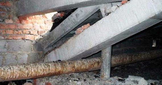 На рабочего обрушилась бетонная стена при реконструкции теплотрассы в Кисловодске