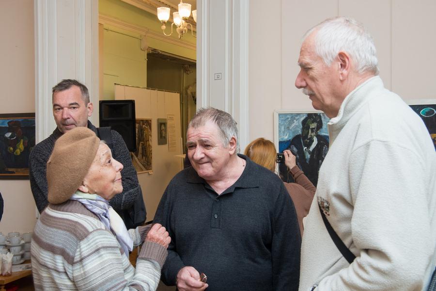ВСтаврополе открылась выставка скартинами о симпатии кжизни