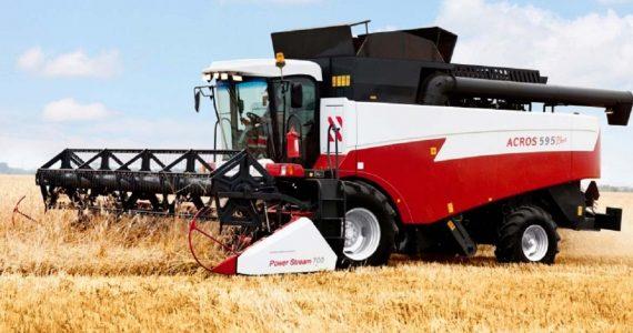 Ставропольская сельхозтехника в 2018 годуобновится на 450 миллионов рублей