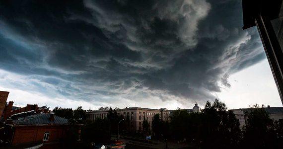 Град, ливень и шквалистый ветер прогнозируют в Ставропольском крае 19 июля