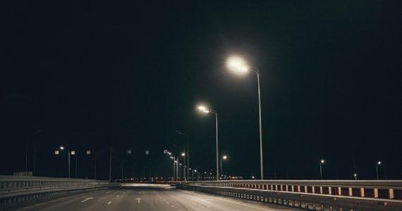 На ставропольских краевых автодорогах станет светлее