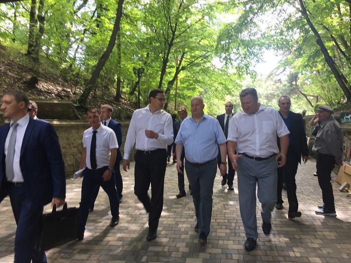 Главе Минкавказа показали первые результаты курортного сбора наСтаврополье
