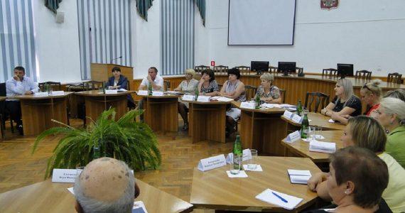 Жители Андроповского района признали своевременность и необходимость повышения трудового возраста в стране