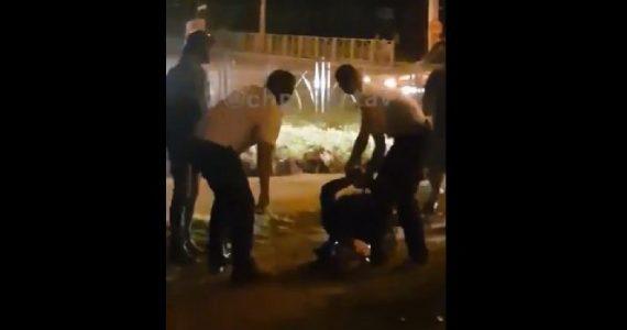 В Ставрополе полицейские жёстко задержали байкера без прав