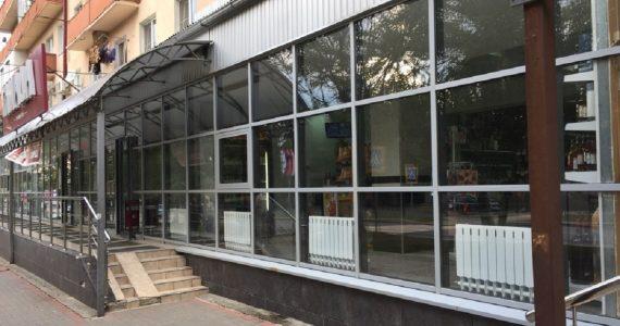 Улицы Железноводска очистили от рекламы и тонированных витрин