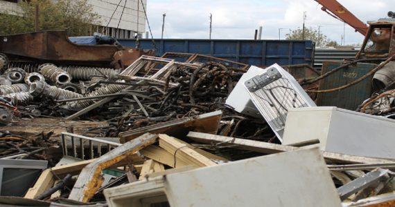 МинЖКХ Ставропольского края: крупногабаритные отходы должны вывозить без доплат
