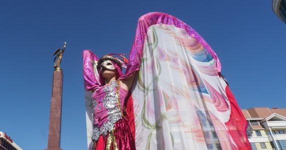 Венецианский карнавал, новый арт-объект и поздравления гостей. Подробности открытия Дня Ставропольского края