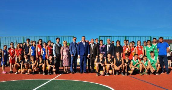 Школьную спортплощадку открыли в селе Александровском