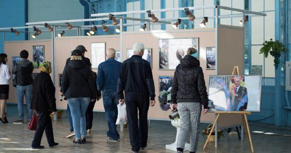 Фотовыставку  «Неформальный Путин» в Железноводске посетили более тысячи человек