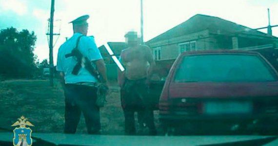 Пьяный автомеханик в Дивном угнал машину клиента. ВИДЕО