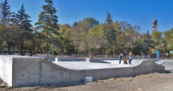 Экстремалы Невинномысска ждут открытия скейт-площадки