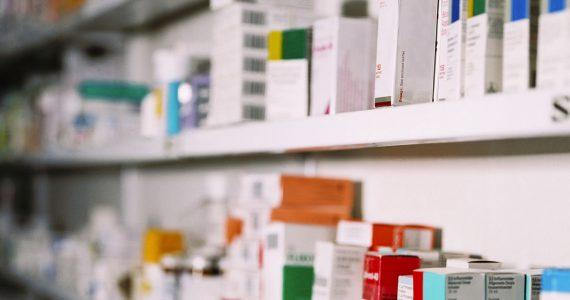 Две аптеки в Солнечнодольске опечатаны из-за безрецептурной продажи лекарств