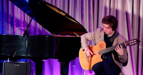 Гитарист из Книги рекордов планеты сыграет в Ставрополе