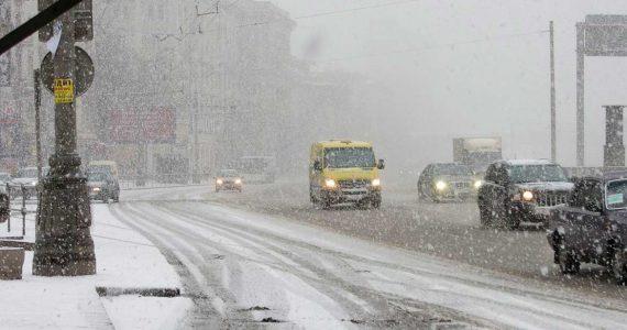Снег, ветер и гололёд ждут ставропольцев с 12 ноября
