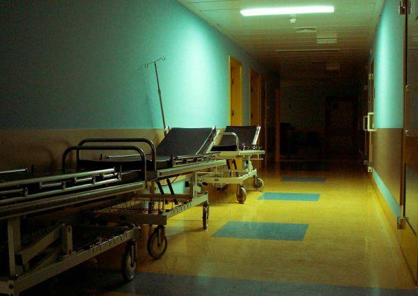 Мужчина умер на приёме у врачей в амбулатории Минвод
