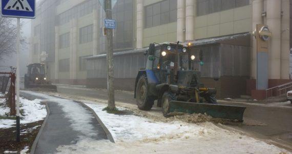 Троих предпринимателей оштрафовали за неубранный снег в Ставрополе