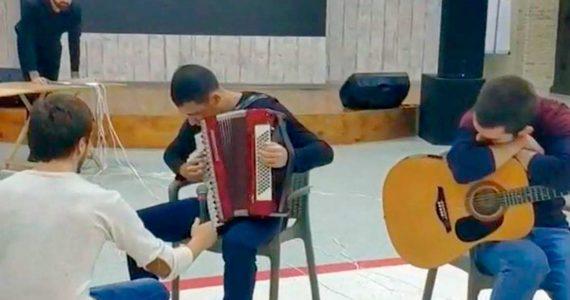В «Угадай мелодию» сыграла молодёжь разных национальностей в Ставрополе