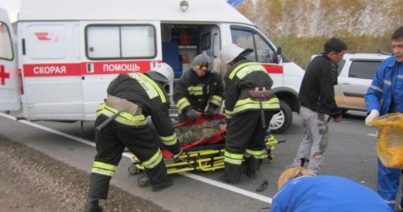 Двое пострадали в аварии с прицепом у села Урожайного