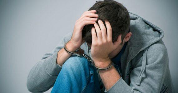 За кражу мобильных и одеколона будут судить 17-летнего ставропольца