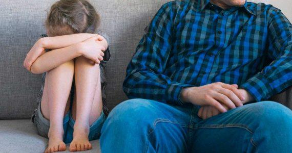 Ставрополец трижды надругался над 8-летней дочкой