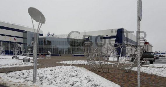 Светящийся шар из центра Ставрополя переехал к Ледовому дворцу