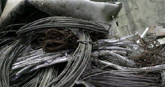 В Благодарном автоинспекторы задержали похитителей металла